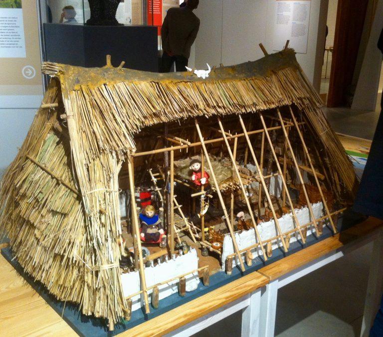 Onze maquette van een woonstal staat in Ezinge